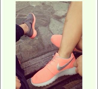 Shoes - Nike Womens Roshe Run - Glacier Ice Purple Grey White - Buy