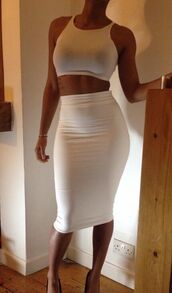 skirt,crop tops,white tank top,midi,dress,shirt,midi skirt,white,two-piece,clothes,t-shirt,two piece dress set,midi dress,bodycon,bodycon dress,party dress,sexy party dresses,sexy,sexy dress,party outfits,sexy outfit,summer dress,summer outfits,spring dress,spring outfits,fall dress,classy dress,elegant dress,cocktail dress,cute dress,girly dress,birthday dress,clubwear,club dress,homecoming,homecoming dress,white two piece,white dress,white skirt,bralette,high waist skirts,high waisted skirt,two piece body con,top,white tight maxi / pencil skirt,pencil skirt,where to get this skirt?,white top,white crop tops,style,jupe mi-longue,jupe crayon,jupe midi,knee length