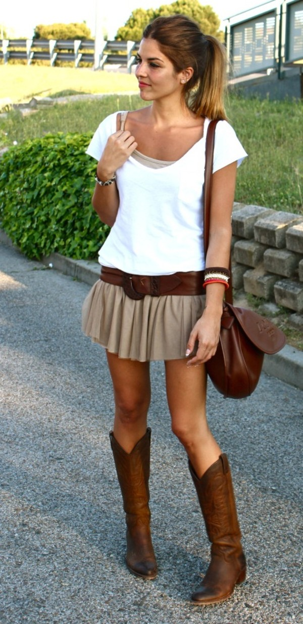 skirt cowboy boots neutral boots belt leather jacket shoes short skirt brown skirt skirt with belt fall skirt