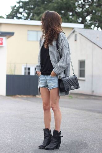 frankie hearts fashion blogger sweater tank top shorts shoes bag jewels