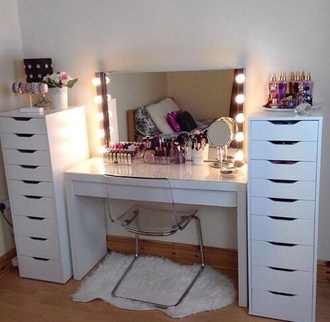 home accessory floor mirror make-up makeup look makeup table tumblr outfit