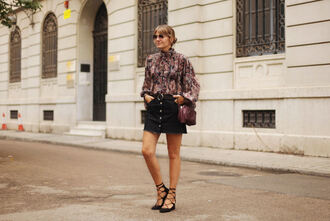 my daily style blogger blouse skirt bag shoes
