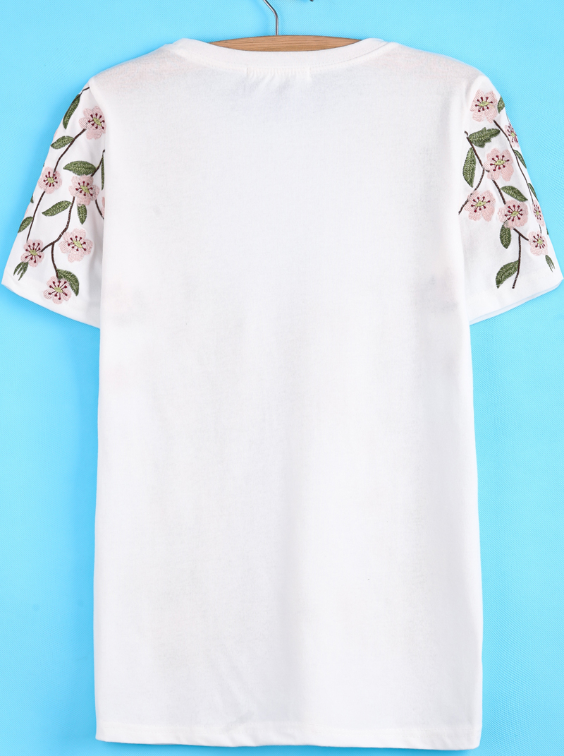 White Short Sleeve Peach Blossom Embroidered T-Shirt - Sheinside.com