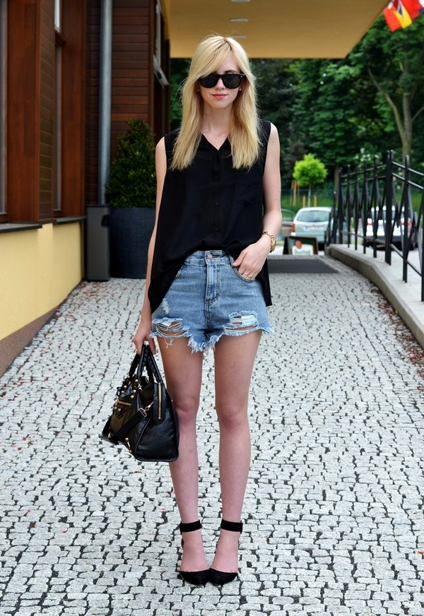 vogue haus blouse shorts shoes bag sunglasses jewels