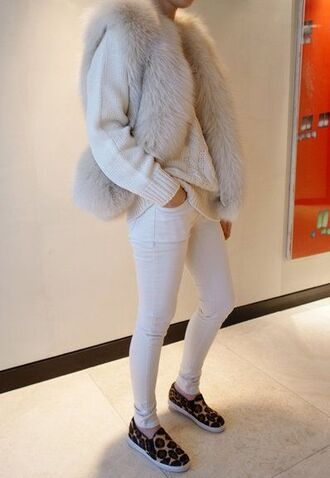 fur jeans white jeans white fur vest jumper white jumper shoes white fur vest sweater white sweater slip on shoes leopard print animal print skinny jeans