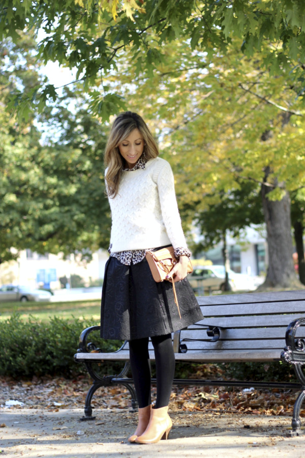 lilly's style sweater t-shirt skirt shoes bag