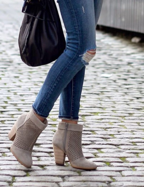 shoes boots booties ankle boots beige