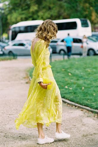 vanessa jackman blogger yellow dress long sleeve dress