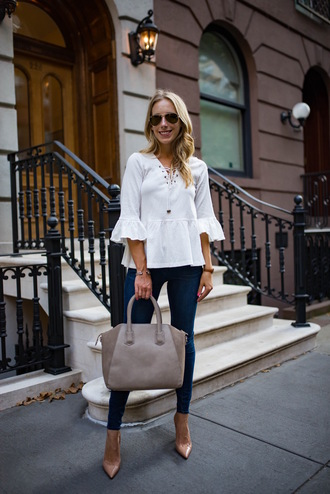 katie's bliss - a personal style blog based in nyc blogger top bag jeans jewels shoes