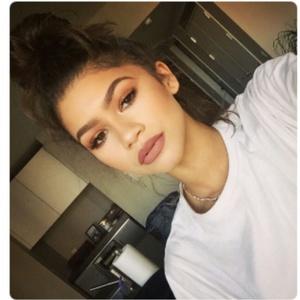 Ariana_Keri