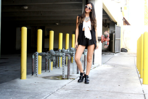 the material girl blogger romper jacket jewels shoes sunglasses