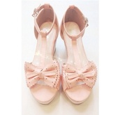shoes,t-strap,heels,bow heels,girly,asian,japanese,gyaru,korean fashion,boho,pretty,sandals,cute,bow,wedges,kawaii,polka dots