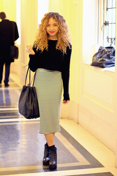 sweater black sweater basic shoes leather shoes boots skirt contrast long skirt black bag