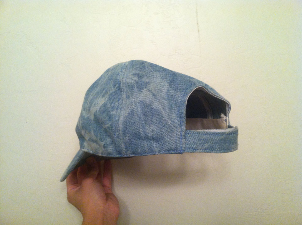 Vintage 90s looking style fashion denim acid wash hat cool two tone velcro strap cap sports grunge womens unisex one size rad