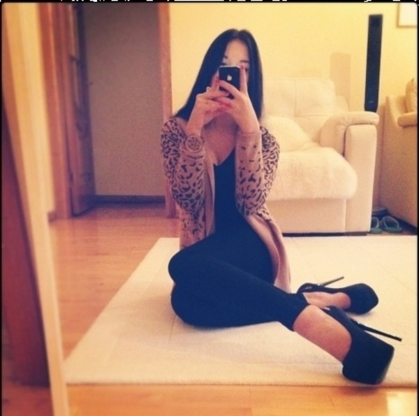 sweater cute outfits hot girl leopard print chocolate love more fashionholic sexy shoes pants