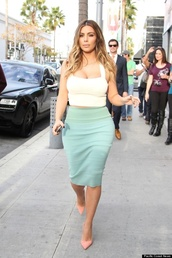 skirt,kim kardashian,mint green skirt,crop tops,white crop tops,blouse