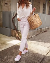 shirt,white shirt,pants,white pants