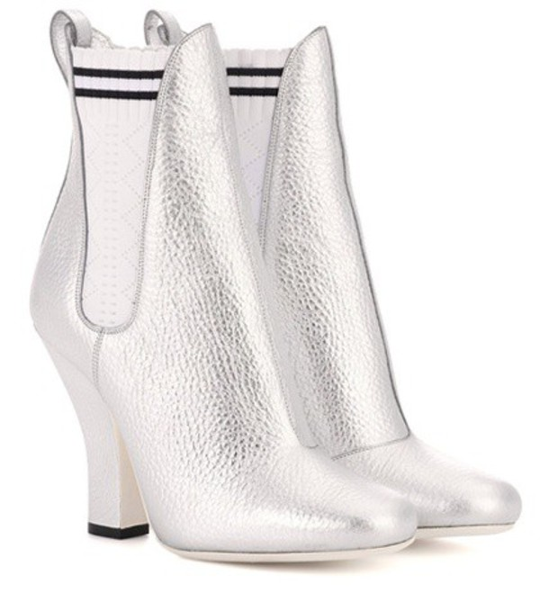 Fendi Leather ankle boots in silver
