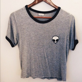 t-shirt black and grey shirt alien crop top loose tshirt
