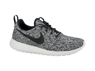 Nike Rosherun Graphic Premium Men's Shoe. Nike Store