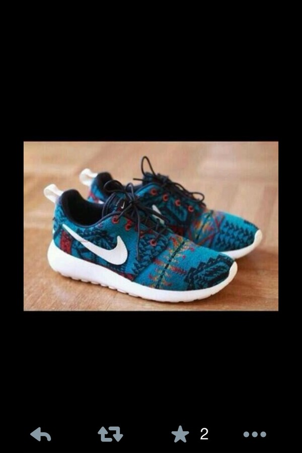 shoes nike roshe run aztec