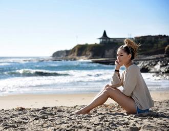hapa time blogger beige sweater ripped shorts bun beach weekend escape