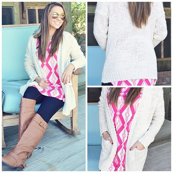 pink and white sweater shirt chevron stripes diamonds jean/pant brown leather boots light pink dark pink sun glass