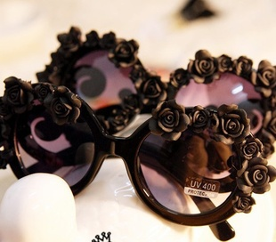 New Exclusive handwork summer sea beach rose flowers women sunglasses-in Sunglasses from Apparel & Accessories on Aliexpress.com