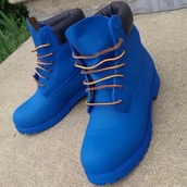 shoes,timberland boots,timberlands,gold chain,blue,boots,timberland blue,blue tmberland