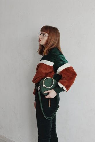 kristina magdalina blogger sweater bag pants shoes shoulder bag green bag winter outfits