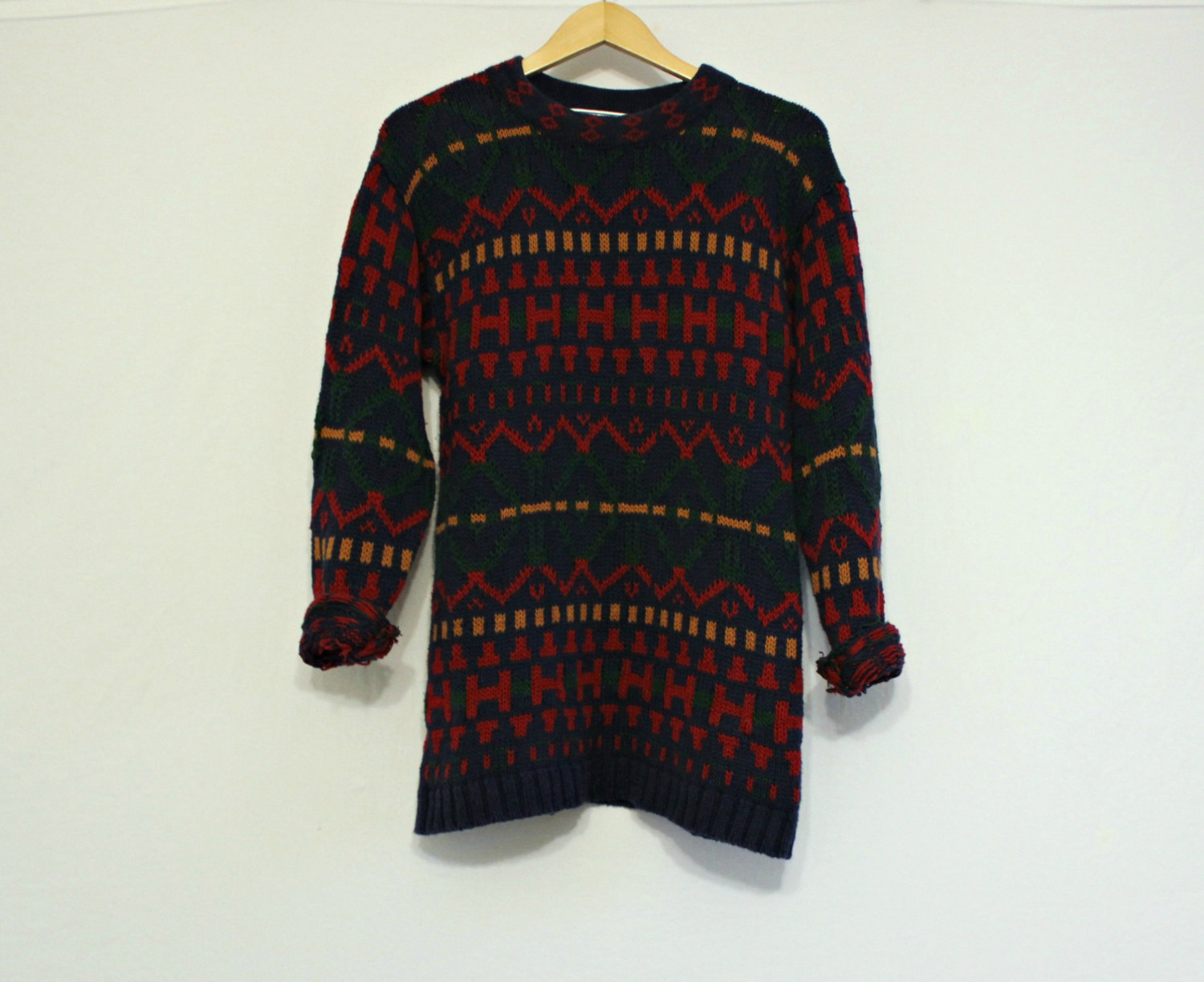 Vintage / oversized sweater / hipster sweater / blue and red sweater / size medium