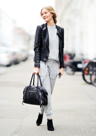 passions for fashion blogger grey sweatpants grey sweater leather jacket leather bag