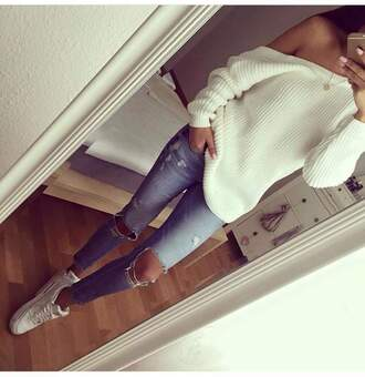sweater white loose warm autumn/winter