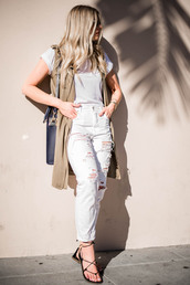 devon rachel,blogger,t-shirt,jacket,bag,shoes,white top,sleeveless,ripped jeans,high waisted jeans,lace up,lace up heels,duster vest,nude vest,vest,white t-shirt,white ripped jeans,white jeans,black bag,sandals,flat sandals,lace up sandals,spring outfits