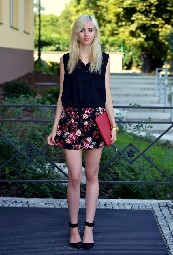 vogue haus blouse shorts bag shoes jewels