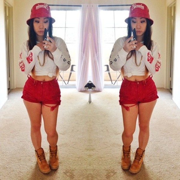 shirt clothes swag red shorts sweatshirt timberlands bucket hat hat