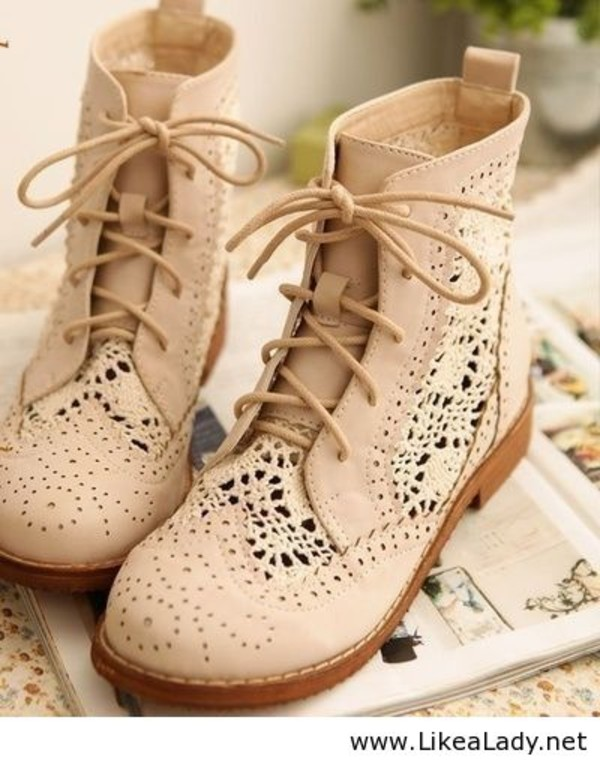 shoes lace boots