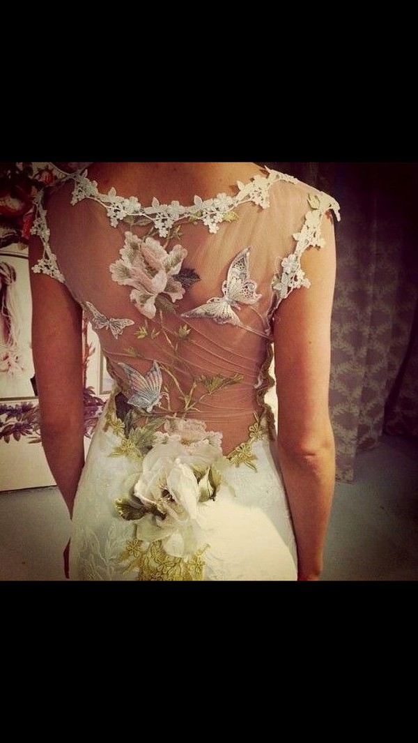 Dress wedding gorgeous queen prom prom dress floral for Oxiclean wedding dress