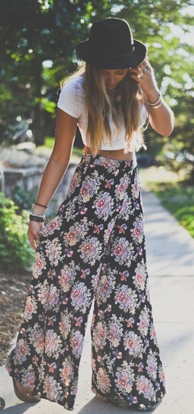 floral shorts fashion style hobo chic boho boho chic baggy pants indie hipster