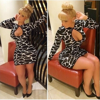 animal print dres black and white black and white dress cut out bodycon dress cut-out dress animal print dress long sleeve dress bodycon dress jeans