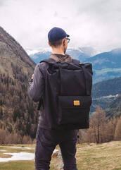 bag,rucksack,black backpack,waterproof backpack,mens style,backpack,black,travel,mens accessories,rolltop backpack,outdoors,nature,folk