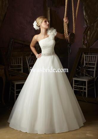 dress wedding dress wedding dress lace wedding dresses with crystal wedding dress with flowers wedding dress sparkle wedding dress white lace sparkly long sleeves