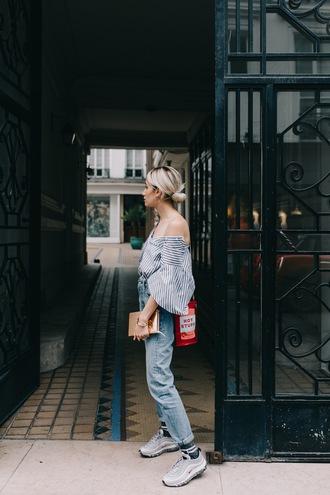 bag red bag top tumblr denim jeans blue jeans sneakers stripes striped top shirt