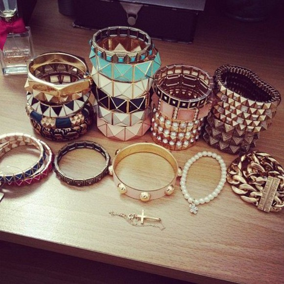 white frantic jewelry jewels jewelry blue studs bracelets cool gold fancy set bracelets studded bracelet
