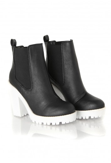 Aleksus contrast wedge boot