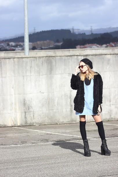 the black effect blogger fuzzy coat grunge shoes platform shoes blue dress knee high socks coat dress sweater socks shoes