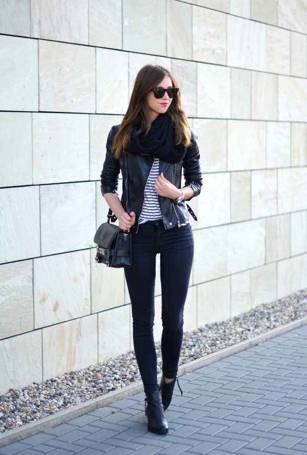 vogue haus blogger jeans jacket shoes bag jewels sunglasses