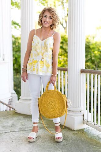 something delightful blogger tank top jeans jewels bag shoes yellow bag round bag platform sandals summer outfits