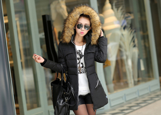 i4out look lookbook parka faux fur jacket hoodie coat clothes streetwear streetstyle