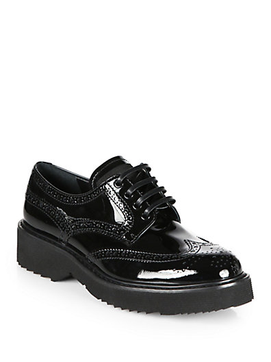 Patent leather lace